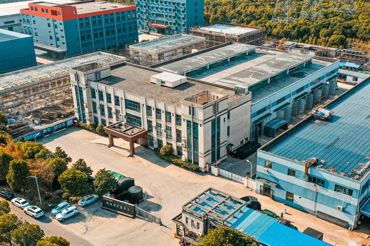 亚克力无边透明玻璃空中泳池生产厂家