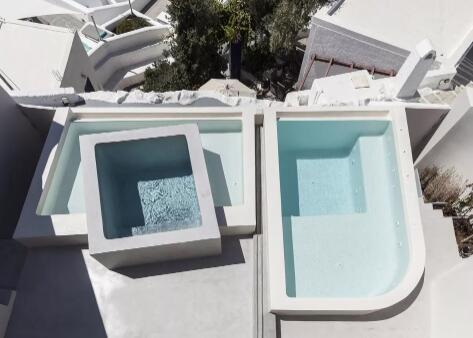 空中游泳池的设计与施工,瑞地格乐亚克力游泳池