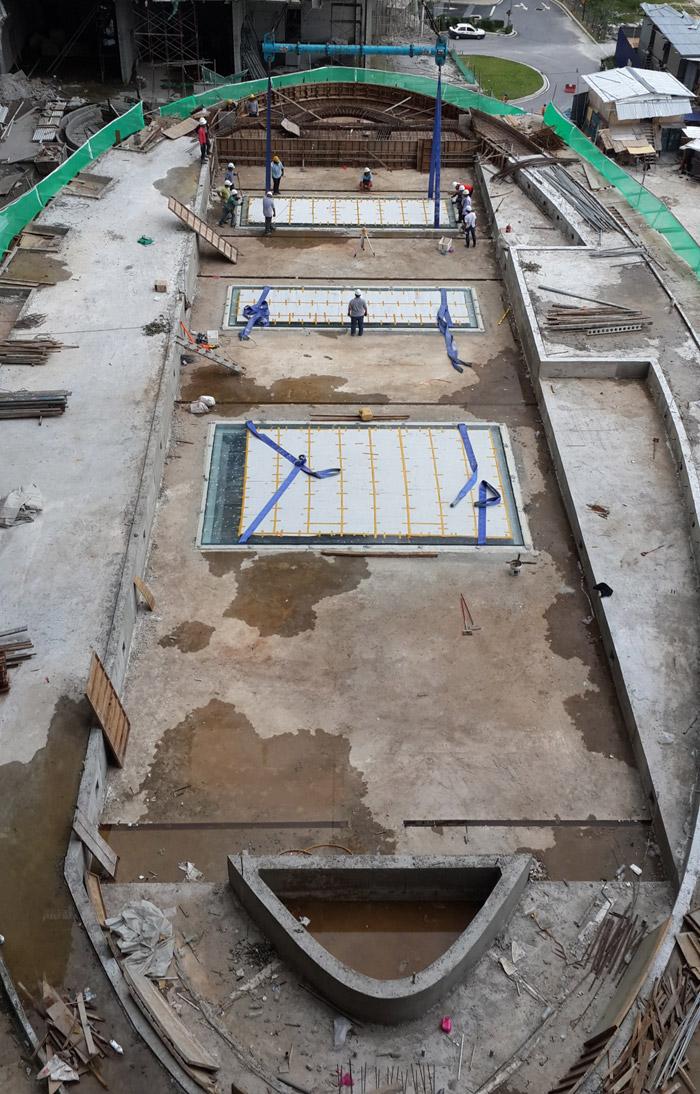 马来西亚吉隆坡凌云阁空中泳池480万施工中三