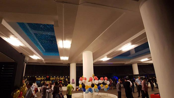 马来西亚吉隆坡凌云阁空中泳池480万使用二