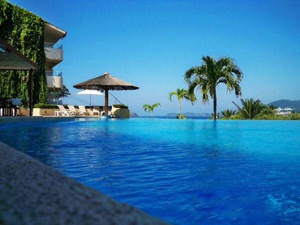 泳池景观设计规范,瑞地格乐亚克力游泳池